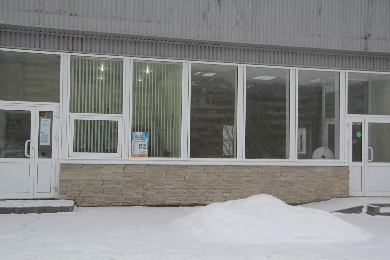 Аренда магазина, торгового помещения ул. Катукова, -